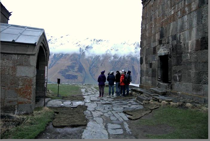 В монастыре Самеба Гергети.